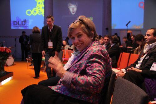 Stephanie-Czerny listens to music in front row