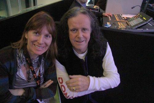 Renee-Blodgett and Donovan at DLD10 (86)