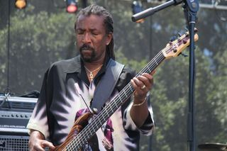 Nick Daniels of Ivan Nevilles Dumpstaphunk band at Santa Cruz blues festival (6)
