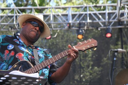 Taj Mahal at Santa Cruz Blues Festival (18)