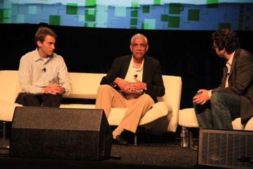 Green panel at TC Disrupt  Kevin Skillern, GE & Vinod Khosla and Erik Schonfeld (6)