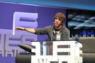 Dennis crowley from foursquare at leweb (27)