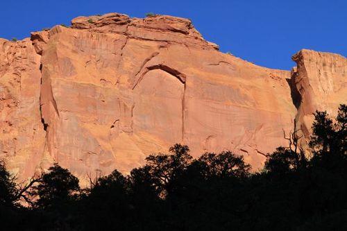 Rock along Burr Trail Rd near Boulder UT (34)